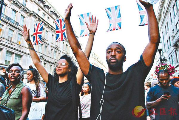 ■學者指英社會種族歧視問題有如家常便飯,王室加入一張非裔面孔難改善問題。