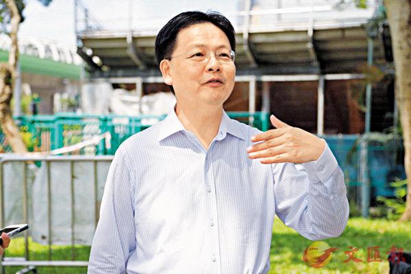 ■南區班主陳文俊對區隊遭遇感無奈。  資料圖片
