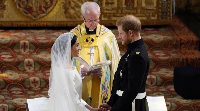 哈里大婚 10萬人夾道祝福