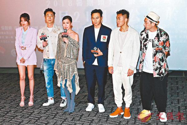 ■左起:周秀娜、吳鎮宇、佘詩曼、張智霖、劉浩龍及李燦森前晚出席《洩密者們》首映禮。
