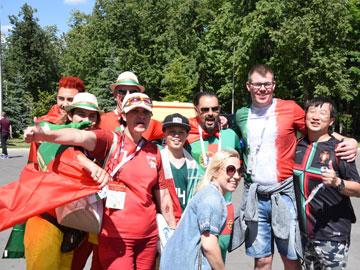 大文看世界盃 | 葡萄牙vs摩洛哥賽前球迷一路高歌