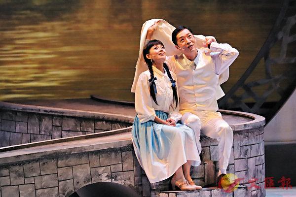 ■馬浚偉(右)讚賞吳文珊(左)的演出。