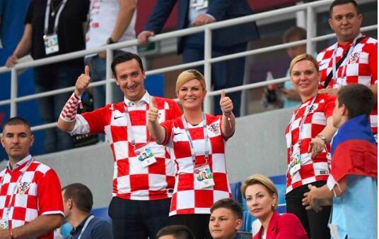 法克兩國總統將現身世盃決賽 北約峰會提前離場