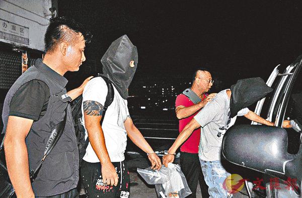 ■深圳公安拘捕兩名本港男疑犯扣查。網上圖片