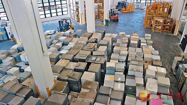■歐綠保表明已準備足夠人手及貨車,致力應付服務需求。圖為WEEE.PARK。顏晉傑  攝