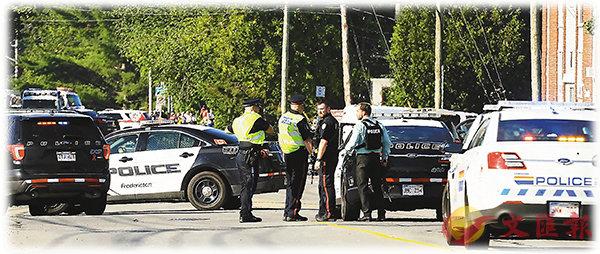 ■加拿大新不倫瑞克省有槍擊案,造成4死,警員在現場調查。 美聯社