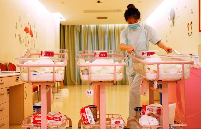 羅致光:勞福局未來政策要助夫婦減育兒壓力