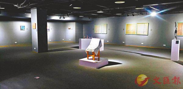 ■《繪事後素》展出十位青年藝術家的作品。 主辦方供圖