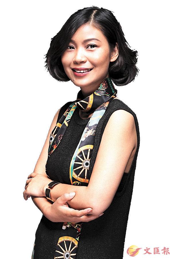 ■絲巾設計藝術家范燕燕。
