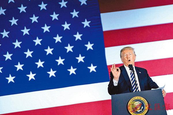 ■美國11月將舉行中期選,共和黨受總統特朗普醜聞影響,支持度大幅落後。