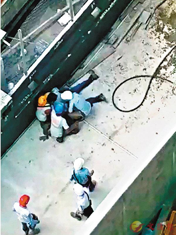 ■傷者被救出時已重傷昏迷。 短片截圖