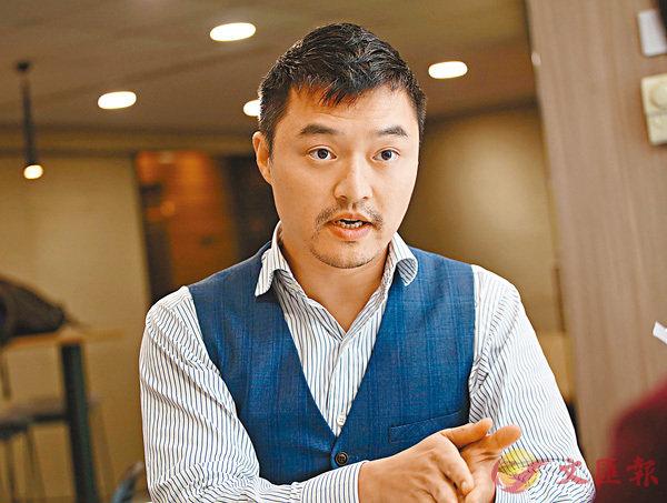■羅正杰認為,現今的製衣行業要了解客��的需求,也要與時並進。劉國權 攝
