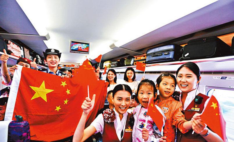 高鐵黃金周首日 吸逾6萬客來港