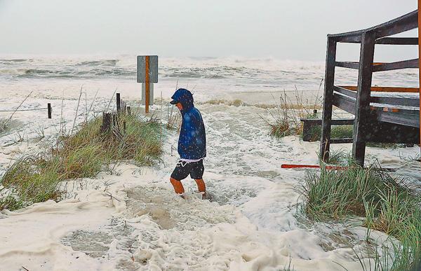 ■佛州多處風力明顯增強。 法新社