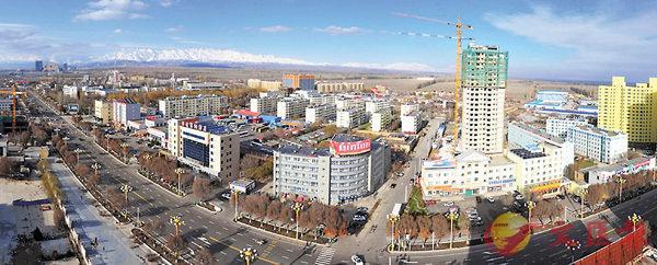 ■霍爾果斯位於中哈邊境,是新疆伊犁一個縣級市,且常住人口僅有8.7萬。 網上圖片