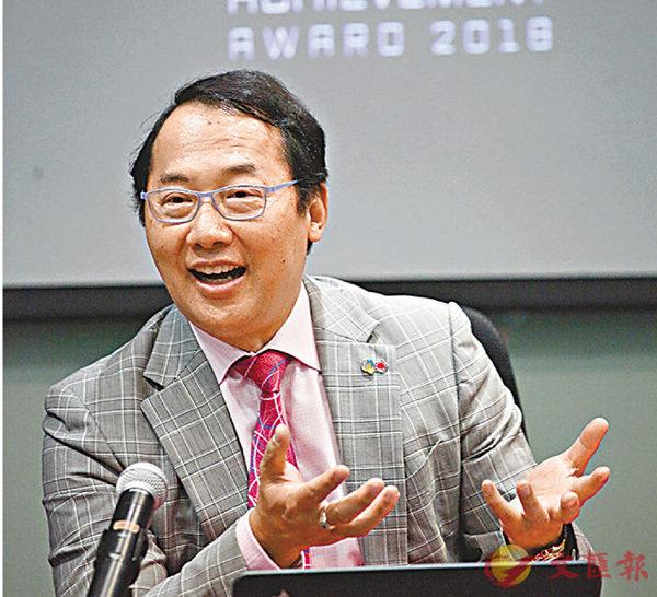 ■龐寶林表示頒獎儀式明年2月舉行。 香港文匯報記者曾慶威  攝
