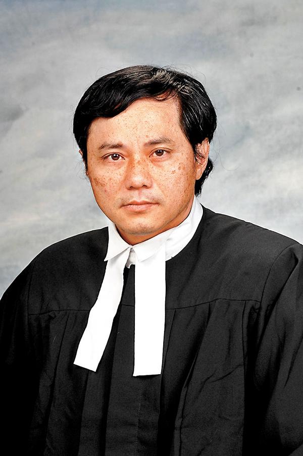 ■主任裁判官練錦鴻。資料圖片