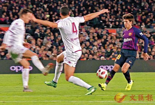 ■佩格(右)展現足球天賦。