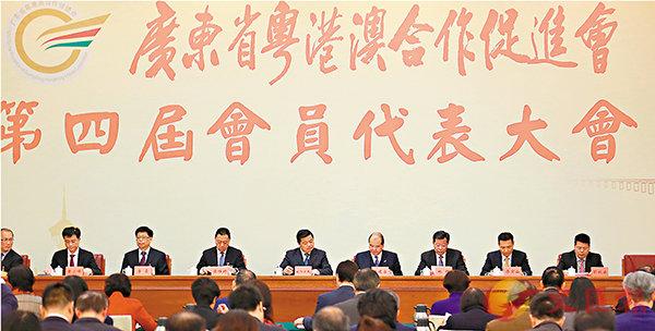 ■張建宗在穗出席粵港澳合作促進會。 香港文匯報記者胡若璋  攝