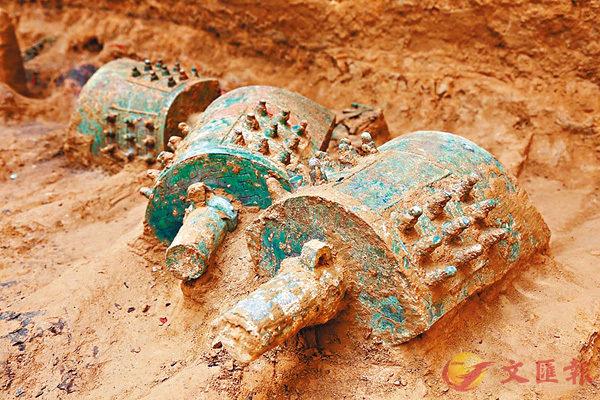 ■芮國大墓出土的甬鐘。陝西省考古研究院供圖