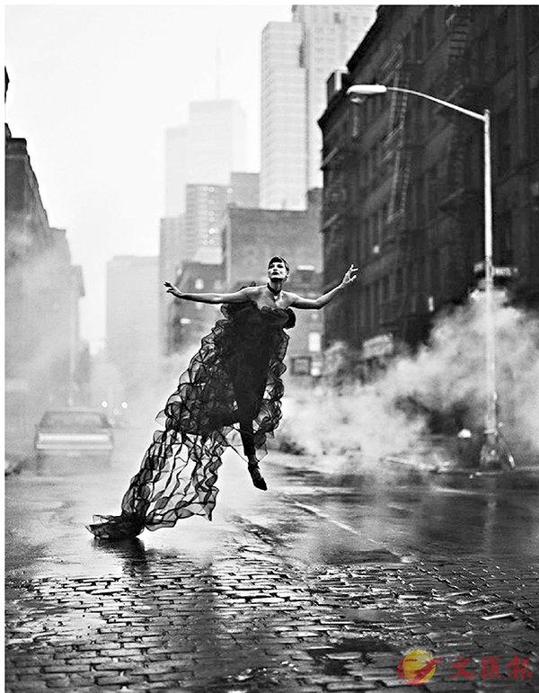 ■Linda Evangelista, New York 1992  ? Peter Lindbergh, Paris
