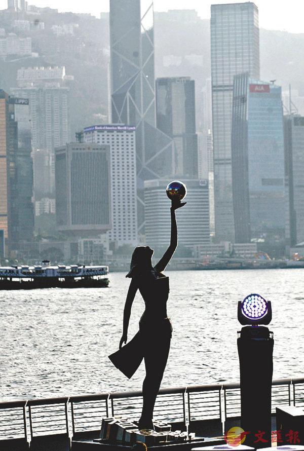 ■旅遊界相信重開後的新星光大道有利分流地區客量。 香港文匯報記者曾慶威  攝
