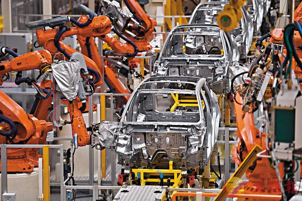 ■汽車業一直是內地經濟重要支柱,因而促進汽車消費,有利穩整體經濟增長。 資料圖片