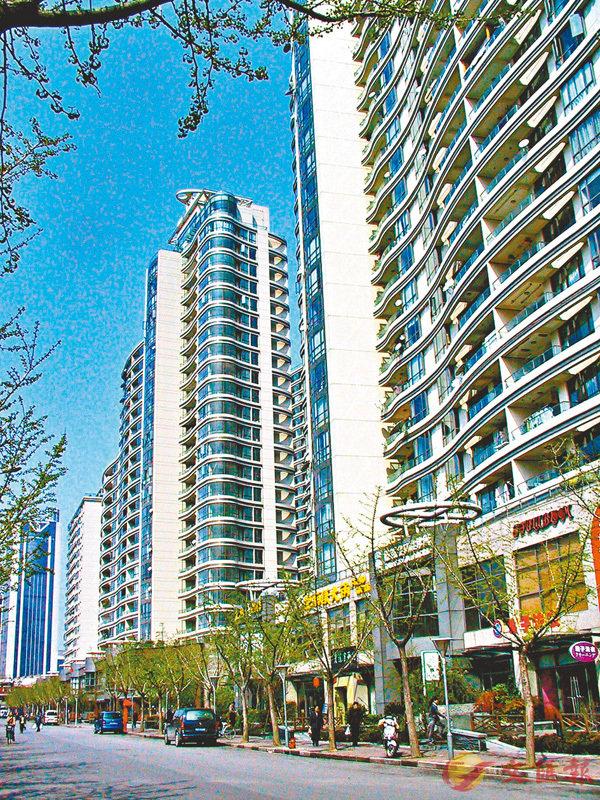 ■今年春節上海新建商品住宅成交比去年同期增加105%。 資料圖片