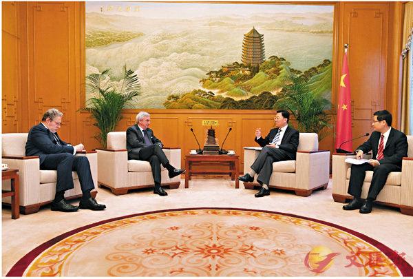 ■謝鋒會見西班牙駐華大使拉斐爾.德斯卡亞。 公署網站圖片