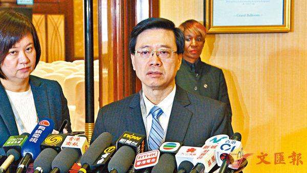 ■李家超表示,希望先做一些準備工作。  香港文匯報記者易秉權 攝
