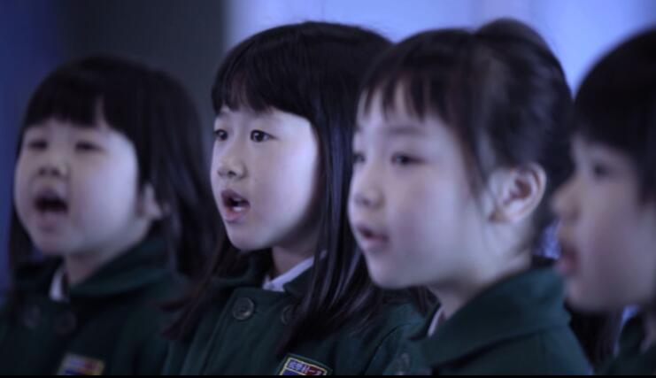 國歌快閃|感動!金紫荊廣場港人同唱一首歌