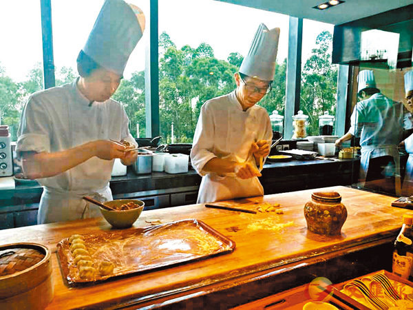 ■沙田18廚房採取開放式設計。