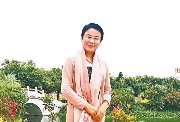 謝燕川:香港精神獻家鄉