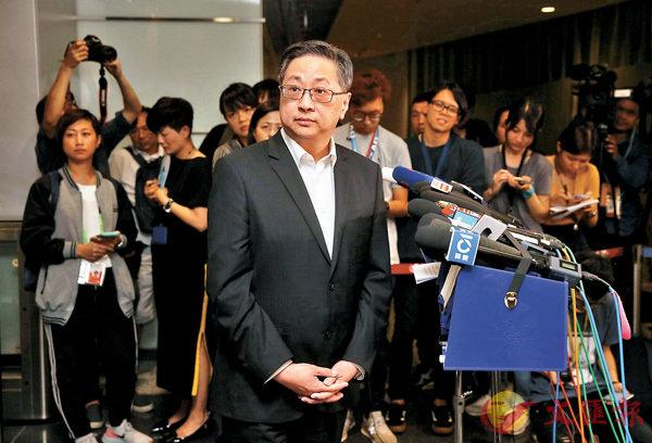 ■ 警務處處長盧偉聰昨晚表示,他6月12日所說的「暴動」其實是指就某些人的行為涉嫌干犯「暴動罪」,並非形容整個活動為「暴動」。 香港文匯報記者劉國權 攝