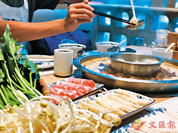 ■香港人一年四季也愛吃熱騰騰的火鍋。資料圖片