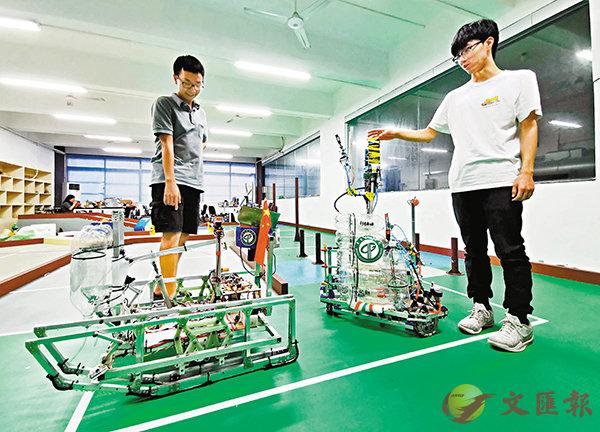 ■東莞理工機器人學院自主研發的機械人。 香港文匯報澳門傳真