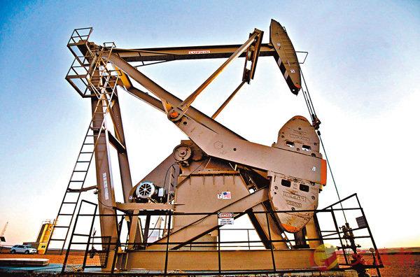■鑒於關稅效應、油價上升及就業市場緊縮,美國通脹很可能會再度開始上升。圖為美國油井。 資料圖片