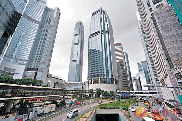 ■香港面臨前所未有的多重政經風暴襲擊,港人必須冷靜沉�茩措鵅C 資料圖片