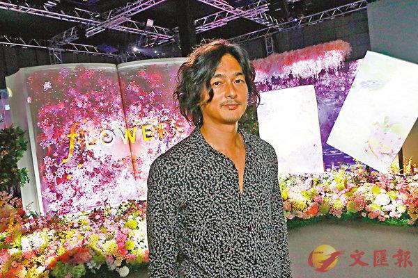 ■村松亮太郎個人畫展今日開始至9月26日在港舉辦。       彭子文攝