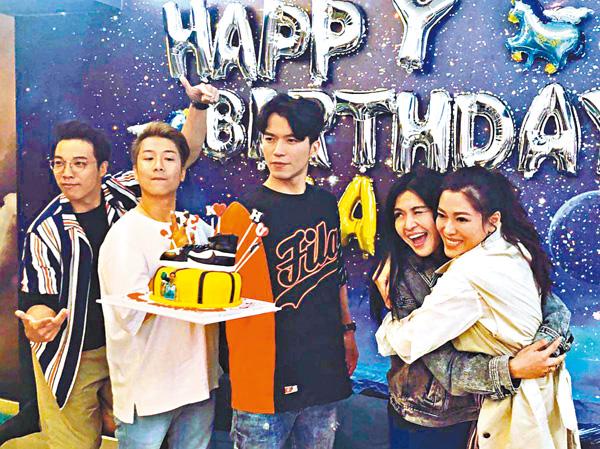 ■許家傑生日會,大小姐林淑敏(右)也有現身。
