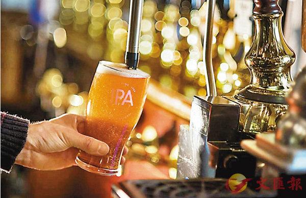 ■長實擬以總代價約27億英鎊,收購英國釀酒廠Greene King集團。圖為Greene King 集團旗下釀酒廠的一種啤酒產品Greene King IPA。