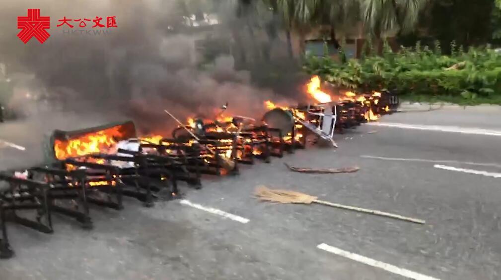 暴徒沙田再縱火 黑煙籠罩居民區