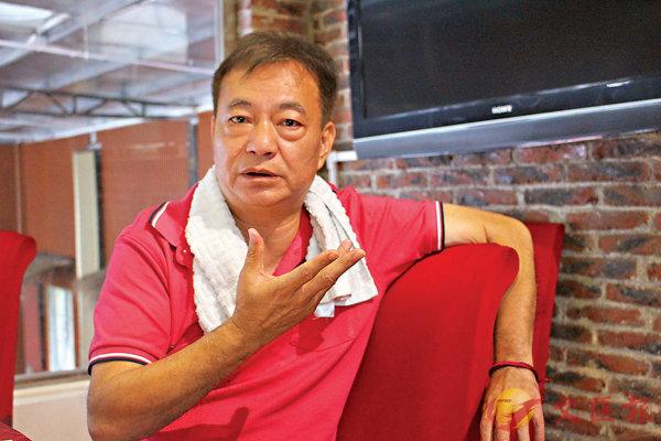 ■ 阿燦希望香港政府可以制訂長遠計劃去協助年輕人。