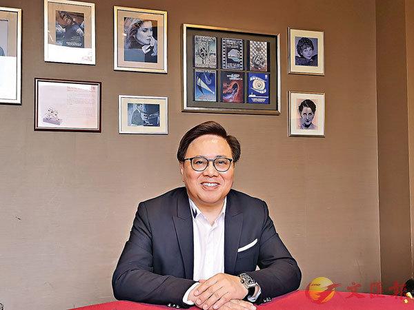 王英偉在滬暢談香港與內地的文化交流。 張帆 攝