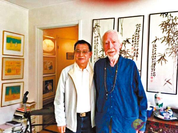■2017年7月,筆者遠赴瑞典的老人公寓拜訪馬悅然。 作者提供