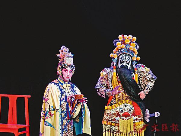 ■港版新編粵劇《霸王別姬》登陸天津。 張聰  攝