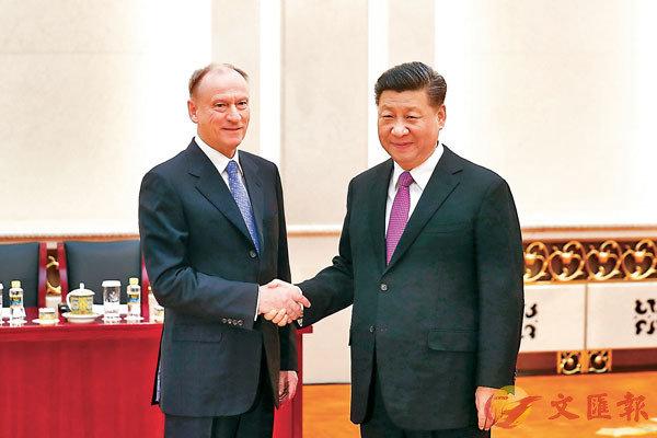 ■昨日,中國國家主席習近平在京會見俄羅斯聯邦安全會議秘書帕特魯舍夫。  中新社