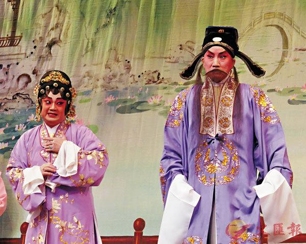 ■陳鴻進演勢利姑媽,與新劍郎演的慈悲為懷君子的姑丈,大有演藝衝擊。