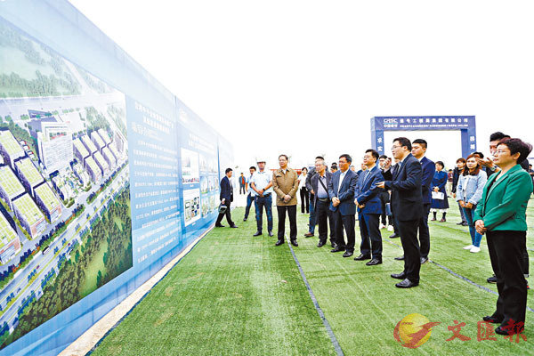 ■去年大陸仍是台灣最大出口市場。圖為早前台灣中小企業集聚區標準廠房及配套設施建設項目在廣西開工建設。資料圖片