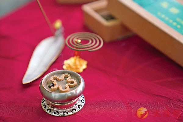 ■祥盛曾一度開設周末教年輕人品香的課程,圖為課程中會使用的品香工具。